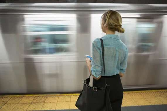 girl getting on train - calling out rude behaviour article