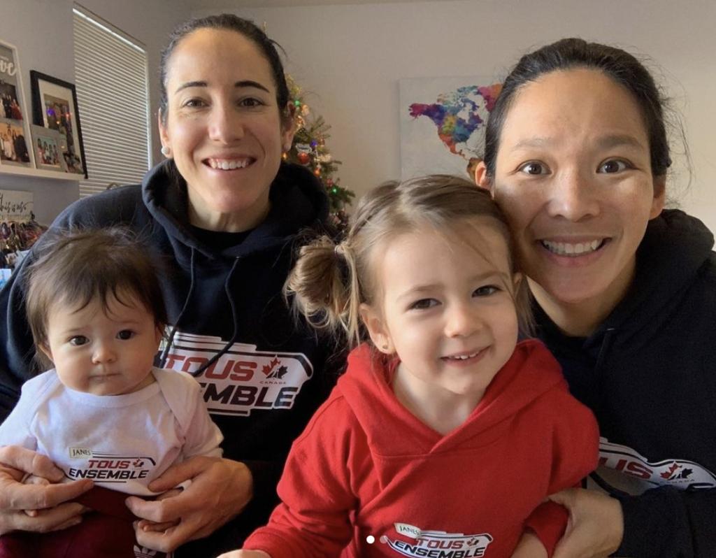 Caroline Ouellette & Julie Chu & kids